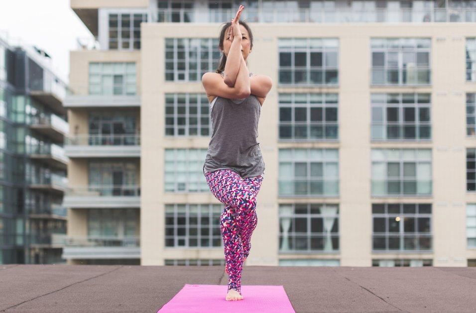 garudasana-pose-yoga_4460x4460