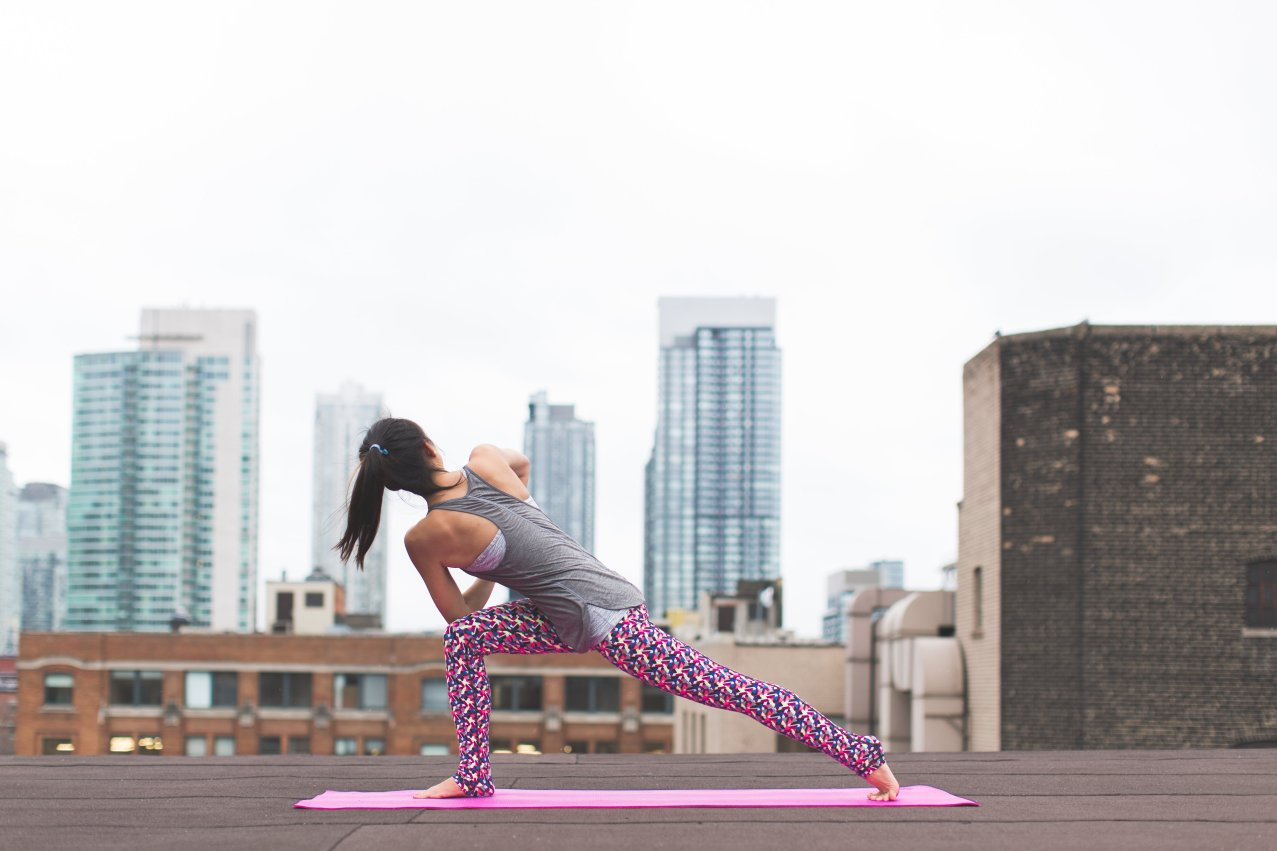 high-lunge-yoga_4460x4460
