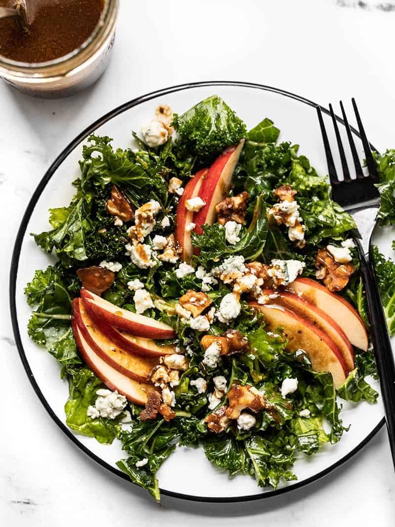 Autumn-Kale-and-Apple-Salad-dressing-V2